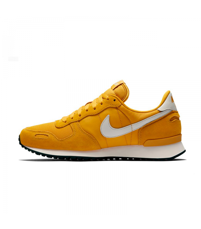 NIKE AIR VRTX AMARILLO
