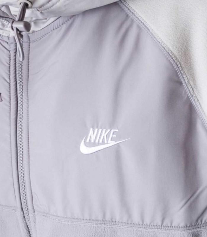 Chandal Nike (no imagen)